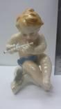 Статуэтка путти с дудочкой. Германия Karl Ens. photo 1