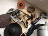 Бытовая электрическая машина с комплектом насадок и приспособлений photo 3
