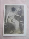 Девушка с голубем, фото №2