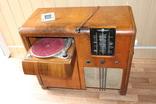 Музыкальный шкаф консоль Радиола + проигрыватель Германия 1940-е Imperial Stassfurt