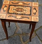 Винтажный музыкальный столик . Инкрустация . Швейцария.