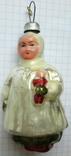 Девочка с куколкой.