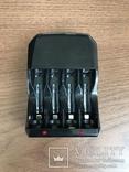 Зарядное устройство для АА/АА акумуляторов