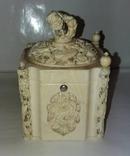Китайская старинная шкатулка из слоновой кости