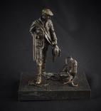 Бронзовая статуэтка Охотник с собакой Европа nr-498