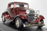 1:43 Ford 3-Window Coupe 1932 г..