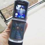 Motorola RAZR V3 + зарядное оригинал