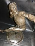 Скульптура '' Ядрометатель'' Е.Янсон 1924 г. Красный Выборжец. photo 2