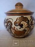 Горшок из керамики