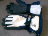 Young Tec - фирменные перчатки разм.М