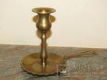 Оригинальный старинный подсвечник с держателем для переноса латунь Европа photo 1