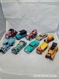 Разные модели машин ( модели изготовлены в СССР )