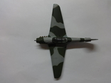 Модель самолета истребитель-бомбардировщик ЯК - 9 на запчасти или под восстановление, фото №8