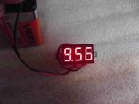 Цифровой вольтметр с диапазоном измерения от 3.2 - 32 вольт.(красные цифры)