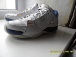 Кроссовки Jordan оригинал . размер 44.5. по стельке 28,5см.