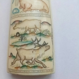 Бивень моржа с вырезанным рисунком photo 5