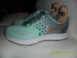 Кроссовки Nike размер 38.5