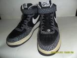 Кроссовки Nike AIR размер 43. по стельке 27.5-28см.