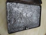 Металлическая коробка с под конфет к 300-летию дома Романовых. 1913 photo 10