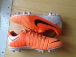 Футбольная обувь Nike 39 стелька 24.5см