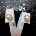 Золотые серьги-гвоздики с жемчугом, фото №2