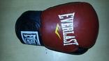 Боксерська перчатка ліва