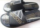 Фирменные шлепанцы Adidas. 46 р.