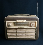 Старый радиоприемник Akkord