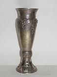 Кубок или вазочка украшенная изображением винограда, фото №3