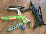 Детская комната( оружие,военная техника + рюкзак)