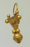 Большой золотой подвес, раннее средневековье photo 1