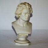 Бюст Бетховен