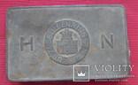 Тропическая упаковка от сигарет немецкой торговой марки Дом Нойербург, Кёльн