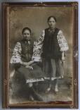 Фотография в национальной одежде (11 х 15) г. Зеньков