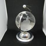 Настольный сувенир. Спутник вокруг земного шара. Космос. Стекло., фото №4
