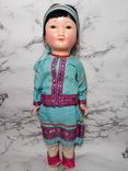 Антикварная кукла девочка-азиатка в красивом сложном наряде photo 1