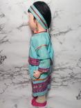 Антикварная кукла девочка-азиатка в красивом сложном наряде photo 2