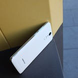 HOMTOM HT27 White 5.5'' 1Gb 8Gb 4ядра 3000mAh 3G + Подарок photo 6