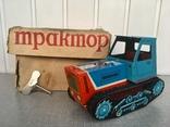 Трактор заводной с коробкой Киев, завод Ватутина
