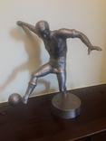 Статуэтка футболіст Лазарев