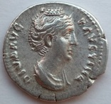 Денарий Diva Фаустина I 141 г н.э. (25_5) фото 3