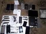 Одним лотом набор продукции Apple, Iphone, 5S, Ipad, и другое.