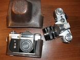 Фотоаппарат Зенит Е ( 2 штуки, а так же много аксессуаров )