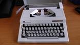 Новая механическая печатная машинка Triumph-Adler Contessa 2 de luxe photo 1