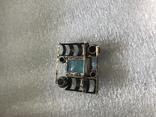 Серебряная брошка с камнем 875 photo 6