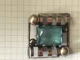 Серебряная брошка с камнем 875 photo 1