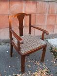 Старовинне крісло ( до письмового стола )