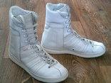 Kunzli (Швейцария) - белые кроссы разм.41