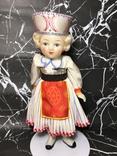 Кукла СССР, паричковая, Московской фабрики, в красивом национальном наряде