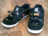 D&G - стильные кроссовки разм.40,5